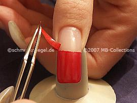 Pinzeta y plantilla para manicura francesa und Pinzette