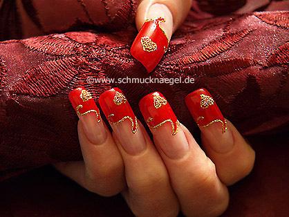 Fingernail design for Valentine day