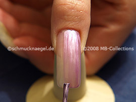 Nail lacquer in the colour purple