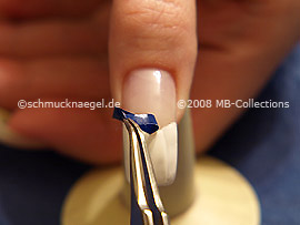 V-shaped French manicure template and tweezers