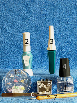 Products for the nail art motif with oceanic mussel - Half pearls, Nail art pen, Nail art liner, Oceanic mussels, Spot-Swirl, Clear nail polish