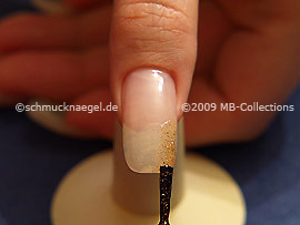 Nail lacquer in the colour copper-Glitter