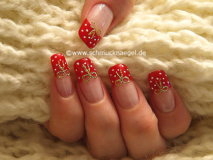French motif with nail lacquer in red