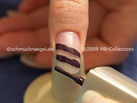 Nail lacquer in the colour dark purple