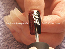 Clear nail polish, strass stones in crystal and spot-swirl