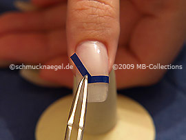 French manicure templates V-shaped and the tweezers