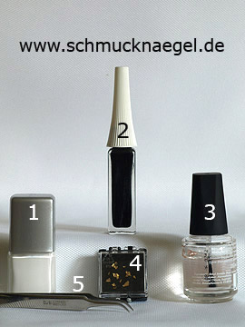 Products for the fingernail motif with beaten gold - Nail polish, Nail art liner, Beaten gold