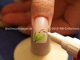 Nail art pen in the colour lavender