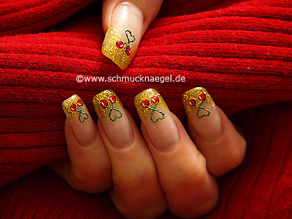 French motif with nail art pen and liner