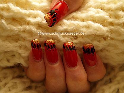 Fingernail motif with pull method