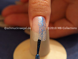 Nail lacquer in the colour blue-Glitter