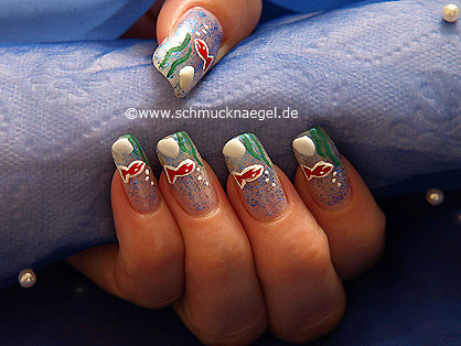 Aquarium nail art motif for the fingernails