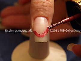 Nail lacquer in the colour old rose