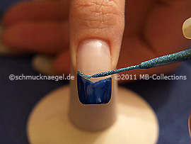 Nail art liner in the colour turquoise-Glitter