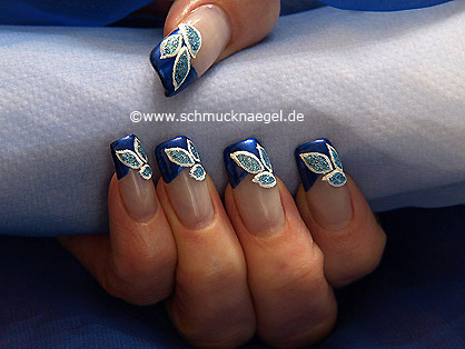 Decorated fingernails with a French motif