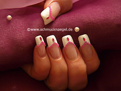 Micro pearls to create the fingernails