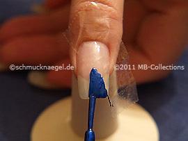 Nail lacquer in the colour dark blue