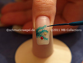 Nail art liner in the colour dark green