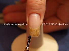 Nail polish in the colour copper-Glitter