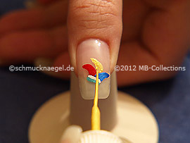 Nail art liner in various colours