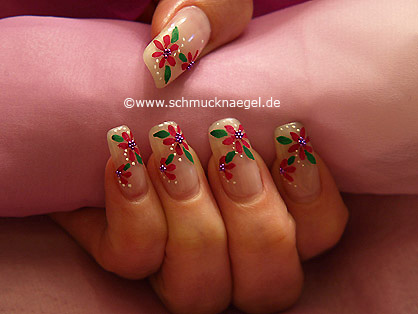 Flower motif with nail art bouillons in purple