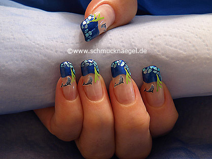 3D dolphin nail sticker and crushed shells - 3D Dolphin Nail Sticker And Crushed Shells - Nail Art Designs