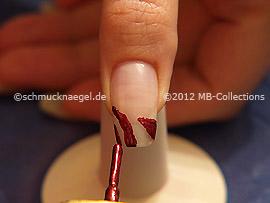 Nail lacquer in the colour copper