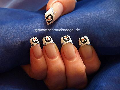 Penguin as winter motif for the fingernails