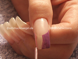 nail polish in the colour pink
