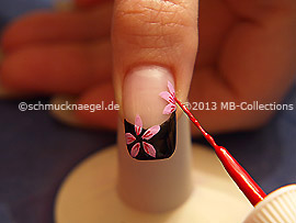 Nail art liner in the colour red