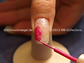 Nail art liner in the colour fuchsia
