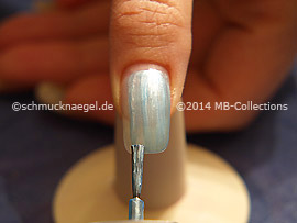 Nail lacquer in the colour turquoise