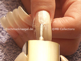 nail polish in the colour bright beige