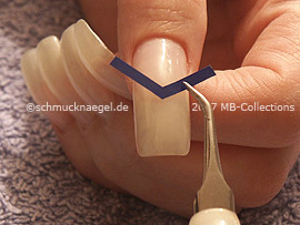 V-shaped French manicure templates and tweezers