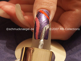 nail lacquers in the colours dark orange, dark-pink and white-glitter