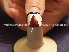 nail art pen in the colour claret-red