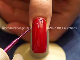 Nail art liner in fuchsia-Glitter
